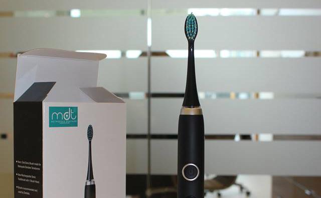 Concours Métropole Dentaire Terrebonne - 2 brosses a dents électriques
