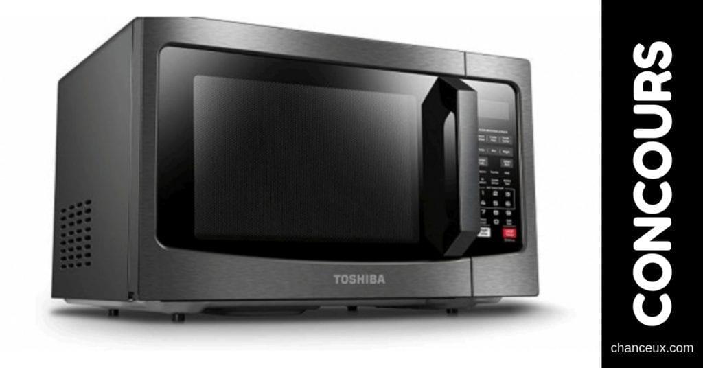 Concours Québec - Four à micro-ondes Toshiba avec capteur intelligent