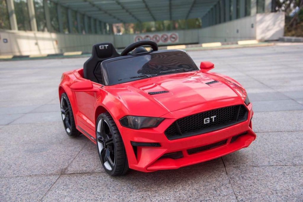 Concours Québec - Un Ford Mustang Gt 12 Volts Rouge Ou Blanc