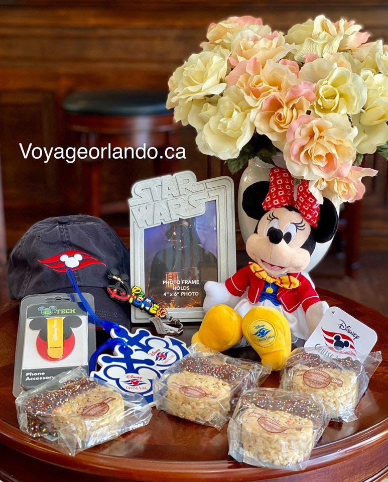 Un Ensemble De Cadeaux Disney À Remporter