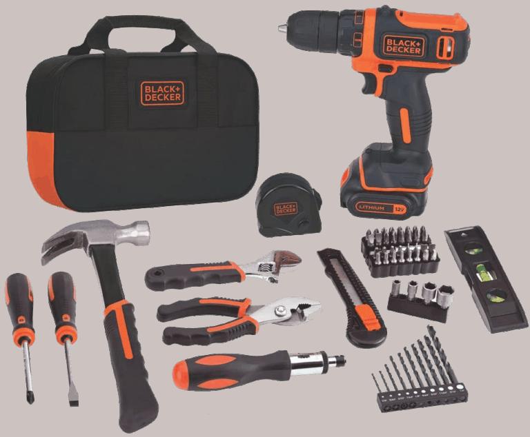 Jeu d'outils Black and Decker